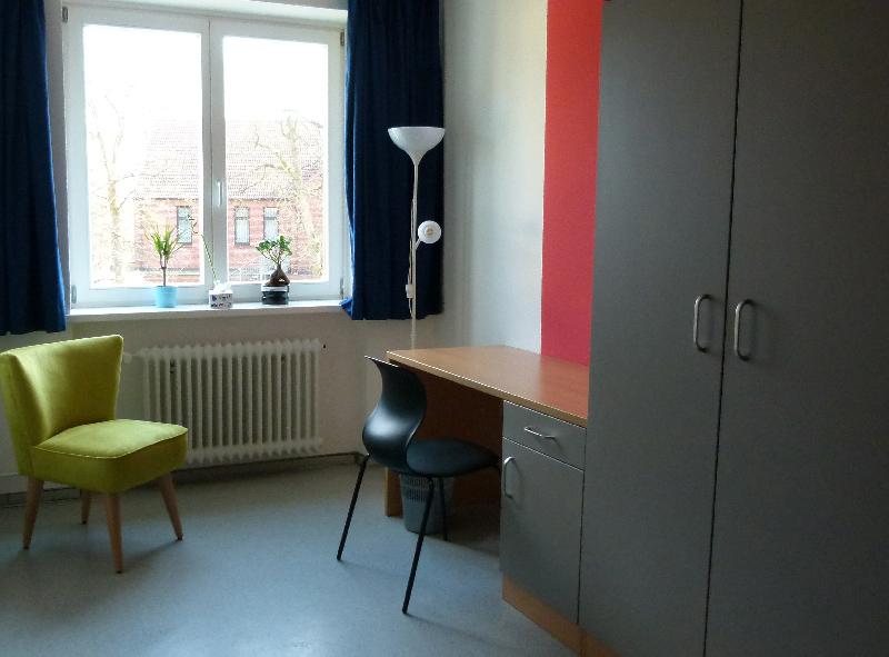 8_1 Zimmer 2